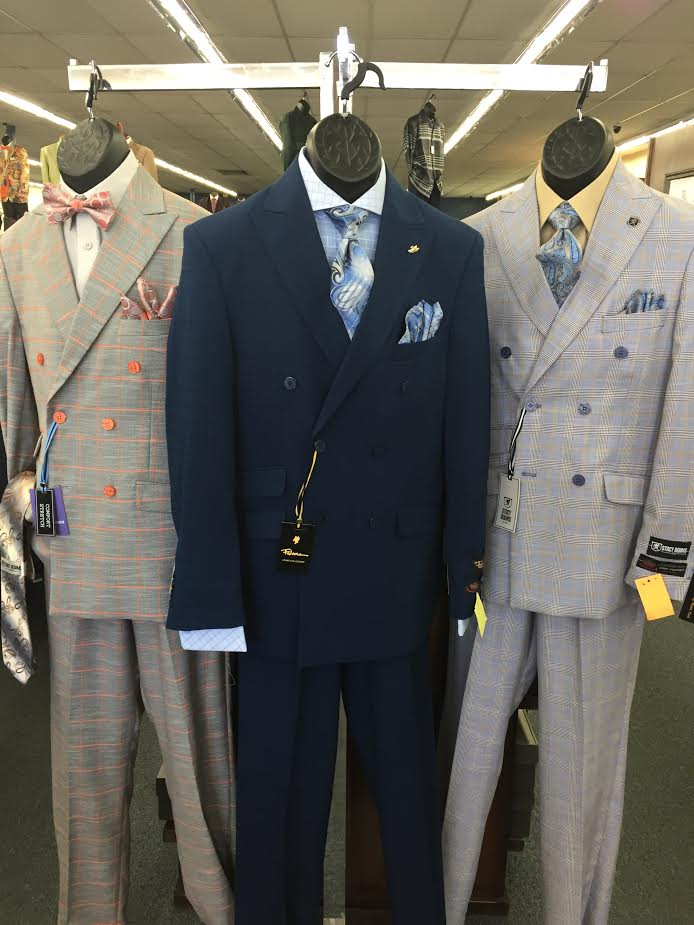 3 suits store display